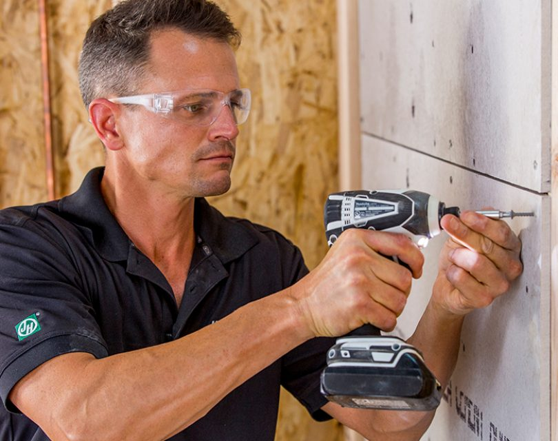 Why is Dry Lining Gaining Popularity over Plastering?